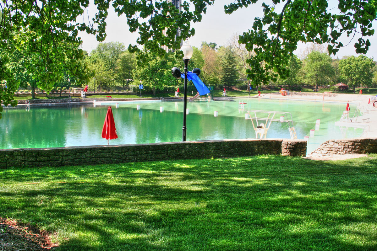Chicago City Dwellers Explore The Wonders Of Naperville S Centennial Beach Working Well