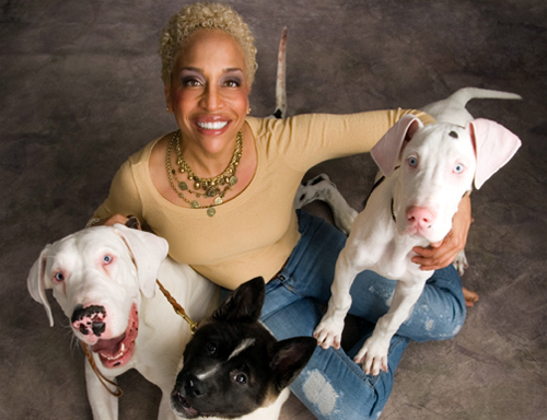 Ami Moore, Chicago Dog Coach, from Ami Moore's website www.chicagodogcoach.com